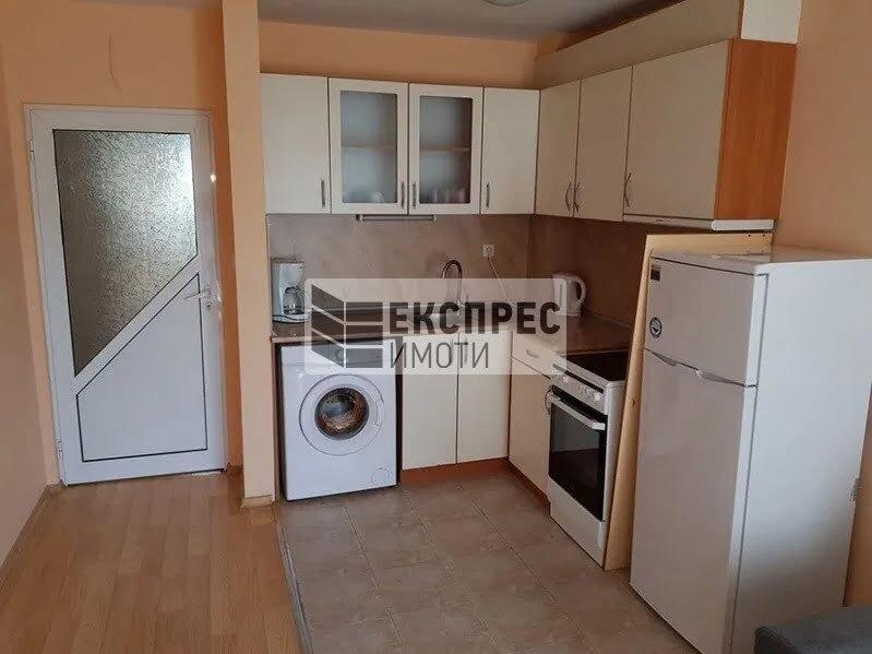 Furnished 1 Schlafzimmer Wohnung